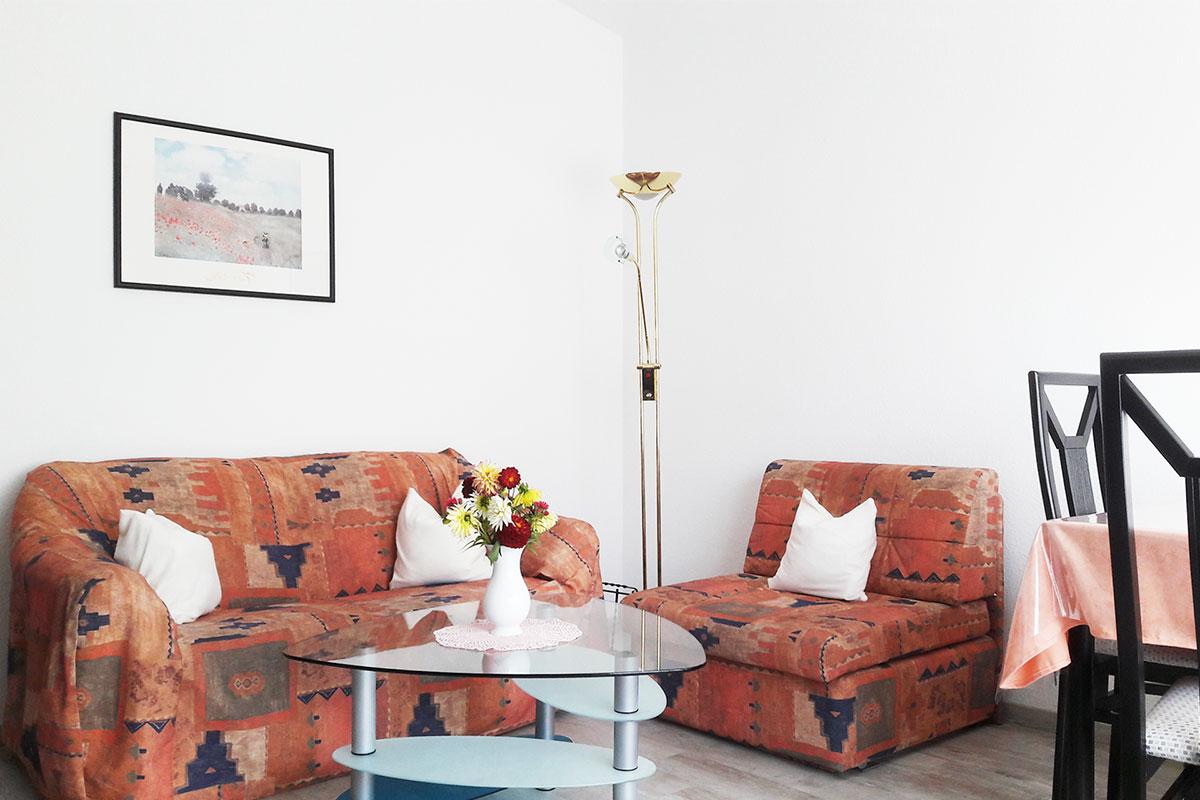 wohnzimmer-ferienwohnung-daiger